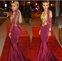 Borgoña africana de manga larga de encaje dorado sirena vestidos de baile de satén apliques con cuentas de cuello alto sin respaldo barrido tren vestidos de baile vestidos de noche