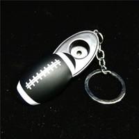 Portachiavi nero Calcio Forma Mini Tubi da fumo Tubi per sigarette da tabacco a mano Tubi a mano in metallo