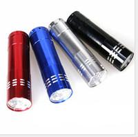 Portable 9 CREE LED Lampe de poche à lumière UV Randonnée torche Alliage d'aluminium Détection de l'argent Lampe à LED UV avec boîte