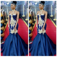 Gorgeous Royal Blue vestidos largos de sirena de noche largos 2018 Halter apliques de encaje vestidos de fiesta africanos de baile vestido de alfombra roja