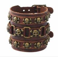 2020 heiße Verkäufe Mann Legierung aus echtem Leder Armband-Kreuz-Niet-Schädel-Armband Punk Exaggeration Breite Leder braun schwarz 10 Artwahl