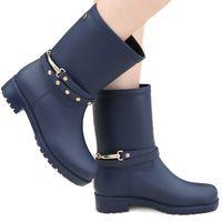 nuovo design pioggia stivali impermeabili piatti con scarpe donna pioggia donna acqua gomma stivali midcalf elastico band botas