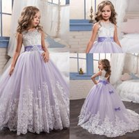 Lilla Tulle Lace Flower Girl Dresses per la cerimonia nuziale con Bow Ball Gown prima comunione Christmas Pageant Party indossa 2017 Cheap