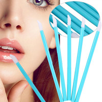 Lipbrush Makeup Brushes مستحضر تجميلي للشفاه فرشاة أحمر الشفاه ملمع الصولجانات القضيب المكياج Tool Brush 4color
