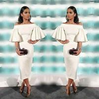 Longueur de thé Cocktail blanc Robes de cocktail 2019 Gaine Elegant Bateau Col Voudles à manches courtes Soirée arabe Formelle Soirée Chasse des femmes pour femmes