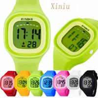 남여 실리콘 LED 라이트 디지털 스포츠 손목 시계 아이 여성 여자 남자 보이 시계 다채로운 빛 수영 방수 시계