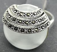 2 Kolor Dość Biały Cat Eye Stone Opal Marcasite 925 Sterling Silver Ring Rozmiar 7-10