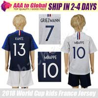 niños Mbappe Jersey 18 19 Maillot Griezmann Giroud Pogba chlidren camiseta  de fútbol local lejos kit f4af60c7a3e