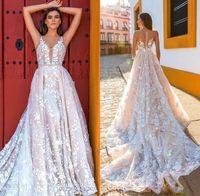 Crystal Design Bridal рукавов ремни Deep Погружаясь Полный приукрашивание Румяна цвета A Line Свадебные платья Sheer Назад Королевский поезд DH4006