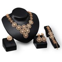 Dubai 18K gouden hanger bloem chain ketting sets mode Afrikaanse tripe bruiloft bruids sieraden sets (ketting + armband + oorbellen + ring)