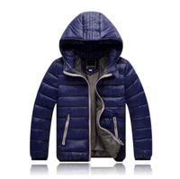Al por mayor de 2018 prendas de vestir exteriores de los niños del muchacho y de invierno caliente la capa encapuchada del algodón de los niños-acolchada chaqueta abajo chaquetas Niños 3-10 años
