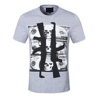 Männer T-Shirt Marke Kleidung Gun Strass Schädel Muster Kurzarm T-Shirt Sommer Komfortables Atmungsaktives T-Shirt Männliche Mode T-Shirts