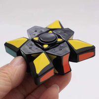 2018 explosive Modelle erster Ordnung Fingerspitzen Dekompressionskreisel Spirale Magie Dekompression Spielzeug Factory Outlet