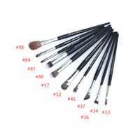 Pro Tightline / Tapered / Winged Eye Liner 32/33/37 Precision / Stippling / Airbrush Corrector 45/52/57 Anlged / Lip 81/84 - Marca de belleza