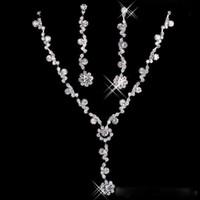 Disponibles Moda Sparkly Rhinestone Collar nupcial Pendientes Conjuntos Joyas de cristal Joyas para la fiesta de fiesta Boda Boda Más barato