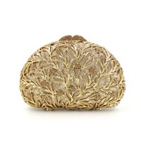 Dgrain Dazzling Frauen-Gold aushöhlen Kristallabend Metallkupplungen Kleine Minaudiere Handtasche Hochzeit Box Clutch Bag