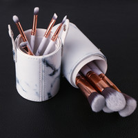 Wholesale 10Pcs Professional Makeup Brushes With PU Cup Hold...