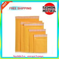 Sacchetti della busta dell'involucro della busta della bolla di giallo che imballa la bolla di dimensione dei sacchetti della bolla del PE 110 * 130mm, 170 * 170mm, 150 * 210mm, 220 * 250mm Kraft Bubble Mailers Pad