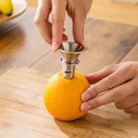 Uso doméstico de Aço Inoxidável Espremedor De Limão Limão Juicer Pourer Parafuso Limes Laranjas Gotas Fresco Citrus Juice Cozinha Ferramenta
