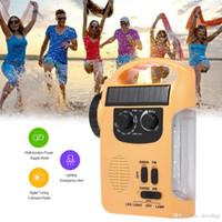 Rádio RD339 Energia Solar Carregador de Emergência Do Telefone Móvel FM AM w / LED Lanterna de Emergência Sirene de Alerta de Luz para Activitie Ao Ar Livre