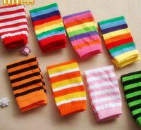 Baby Girls Pierna Calentador Boys Rainbow Stripe Calcetines largos Moda Niños Algodón Piernas de punto Calentadores A5860