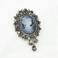 Vintage Elegante Lady Cameo Spilla Vendita calda di cristallo Pendent Ciondola gioielli donna Spilla Corpetto Lady Hijab Wear Pin