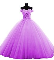 2018 Sexy Bateau Lace Ball Gown Quinceanera Dress with Appli...