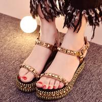 Gladiator Luxe Or Sliver Pointu Été Sandales À Bout Ouvert À La Cheville Boucle Plate-Forme Sandales Rivets Chaussures De Mode Femmes Wedge Sandales