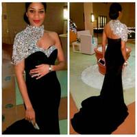 2021 Bling Bling elegante longo preto da sereia Vestidos alta Neck cristal frisado mangas curtas Mulheres Crystal frisado formal Prom Vestidos
