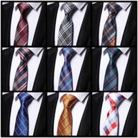 Vente en gros Classique Mens Cravates Cravates Plaid Cravates Rayées pour les hommes Formal Business Wedding Party Gravatas Groom Birthday Gift