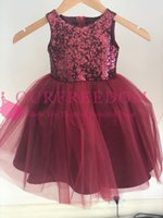 2019 Lovely Jewel Neck Flower Girls Dresses Burgundy Tulle Sequins A Line First Communion Dresses Girls Pageant Gown Custom Made