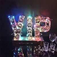 Lüks Şarj Edilebilir Işıltılı Light Up VIP Şekilli LED Kokteyl Tepsi Şarap Cam Bardak Tutucu bar Disko Parti Süslemeleri için malzemeleri