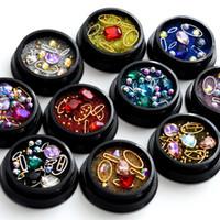 Strass in metallo per decorazioni Nail Art Glitter Decorazioni non hotfix Diamanti AB Colore Decorazioni per unghie di dimensioni diverse