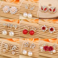 24 pairs mix design  lot Fashion Hot Rhinestone Stud Earring...