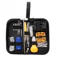 130pcs Portable Watch Tool de réparation Set Opener Tweezer Tweezer Tournevis Kit horloger