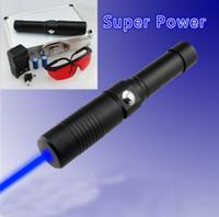 NEUE 500000m 450nm Blue Laserpointer Taschenlampe Lazer Pen + Ladegerät + Gläser + Geschenk Jagd