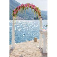 Пляж Свадьба Цветочные Арочные Двери Фон Фотографии Печатных Блестящий Синий Морской Воды Горы Открытый Живописный Вечеринка Фото Стенд Фон