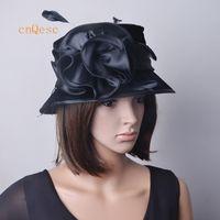 chapeau chaud dames noir robe rose chapeau de velours avec flowerfeathers satin pour l'église de mariage.