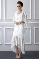 Beyaz Dantel anne Gelin Elbiseler Eşleşti Sarar 2019 Yeni Sıcak Satış Zarif Yüksek Düşük Kılıf anne Gelin Damat Elbiseler M04