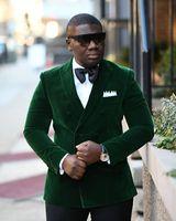 Disfraz de Homme 2018 Gentleman Suit Hombres por encargo Terno Slim Fit Blazer de doble botonadura verde Novio de boda smoking Mens Velvet Prom Suit