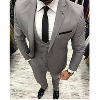 New Grey Men Suit Slim Fit Tre pezzi Smoking da sposa Mens Abiti Custom Made Beat Abiti da sposa (Jacket + Pant + Vest)