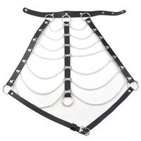 Mujeres atractivas Negro Marrón Correas de cuero Bondage Sujetador Cinturón del arnés del cuerpo Cadena de plata Joyería del cuerpo