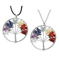 Natürliche Crushed Stone handgemachte Halskette Kristall Quarz Baum des Lebens Anhänger Halskette 7 Chakren Edelstein Charms Muttertag Geschenke