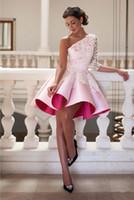 겸손한 흰색 레이스 3/4 긴 소매 동성애 드레스 Ruched 새틴 A 라인 짧은 칵테일 드레스 파티 저녁