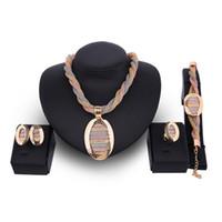 18 Karat vergoldet 4 Stück Set Schmuck Luxus Übertriebene Frauen Halskette Ohrringe Ring Armband Hochzeit Schmuck Set Großhandel JS515
