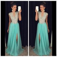 ce11e4cf903 Elegante A-Linie Abendkleider Lange 2018 Kristalle Perlen Split Side  Chiffon Anlass Party Kleider Günstige