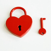 Lucchetto d'epoca a forma di cuore Lucchetto d'antiquariato d'antiquariato di stile antico dei lucchetti di vecchio stile con il lucchetto a chiave di amore Commercio all'ingrosso