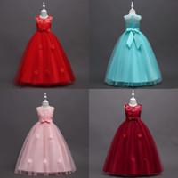 2018 Sevimli Pembe Balo Çiçek Kız Elbiseler Sheer Jewel Boyun Kırmızı El Yapımı Çiçekler Kolsuz Yay Kanat Ucuz Kızlar Pageant Elbiseler MC1497