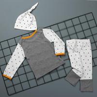 3 adet Yenidoğan Giyim Seti Sonbahar Kış Erkek Bebek Kız Yıldız Baskı T-Shirt + Pantolon Tayt + Şapka Kıyafetler Bebek Çocuk Giyim