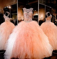 2019 Coral Peach Sheer Crystal Beading Strass Ruffled Tulle Ball Gown Sweet 16 Abiti Lace-up Backless Ball Gown Abiti Quinceanera